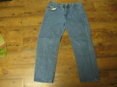 Wrangler Rugged Wear 40X32 Blue Jeans