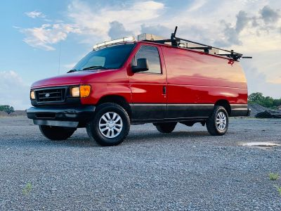Ford E350 Super Duty Cargo Work Van