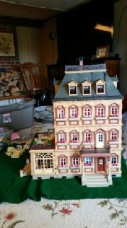 Playmobil Victorian mansion with extra floor