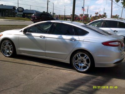 2013 Ford Fusion SE (White)