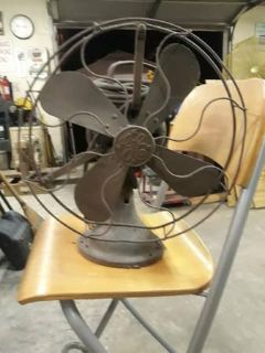 Antique GE Oscillating Fan
