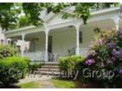 Watertown Three BR One BA, 2nd floor of sunny 3-family Victorian in