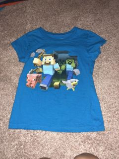 Girls Minecraft shirt size 10/12 great condition ((MOVING SALE))