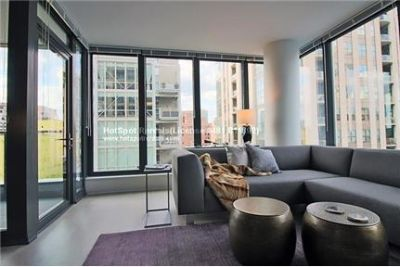 2 bedrooms Apartment in Chicago. Covered parking!