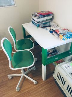Junior desk