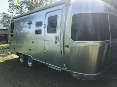 2018 Airstream Flying Cloud 23cb
