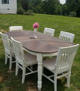 6-8 SEATER FARMSTYLE DINING TABLE (CHAIRS SOLD SEPARATELY)