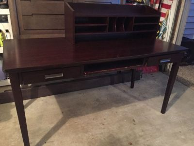 Yard Sale, Furniture to Move! Sat, Oct 6th, 8-2pm