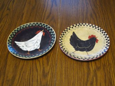 Pair of Hen Rooster Chicken Plates