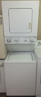 "Kenmore 24"" Washer and Electric Dryer Stackable 220V"