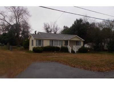 3 Bed 2 Bath Foreclosure Property in Beech Island, SC 29842 - Laurie Dr