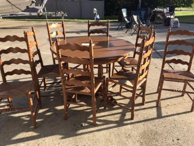 Wood Kitchen Table and Chairs