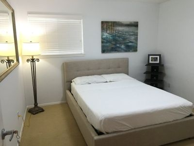 Rooms for rent for professional