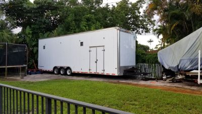 Enclosed 32ft Stacker trailer