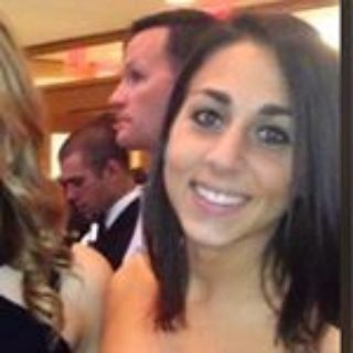Lauren G is looking for a New Roommate in New York with a budget of $1600.00