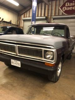 1970 Ford F-100 -302V-8 4speed granny box transmission. Long bed.