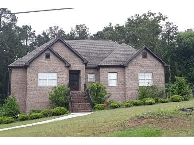 3 Bed 2 Bath Foreclosure Property in Bessemer, AL 35023 - Ccc Rd