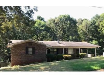 3 Bed 1.5 Bath Preforeclosure Property in Bessemer, AL 35023 - Lewis Dr