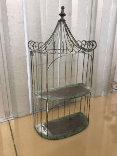 Cage display