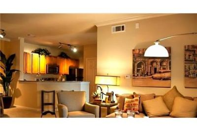 3 bedrooms Apartment - Crossings is Veterans Pkwy Columbus. Washer/Dryer Hookups!