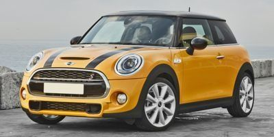 2015 MINI Cooper Hardtop S (White Silver Metallic)
