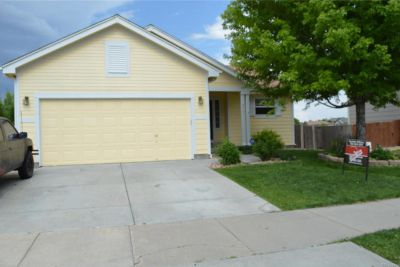 $2000 3 apartment in Adams County