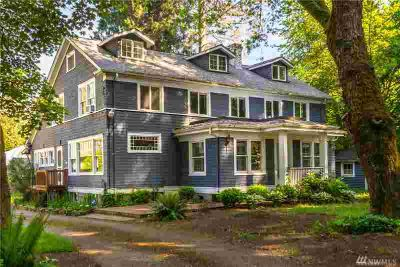 11304 Tower Rd SW Lakewood Six BR, Rare Private Estate on over