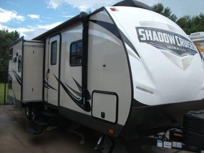 2017 Shadow Cruiser RV 282 BHS