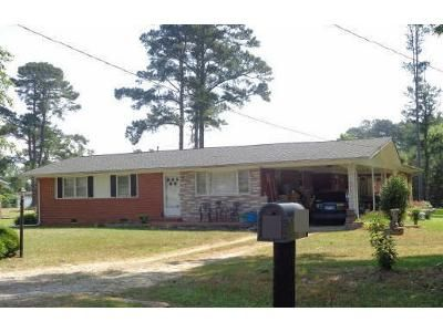 3 Bed 3 Bath Foreclosure Property in Dunn, NC 28334 - Fairview Village Rd