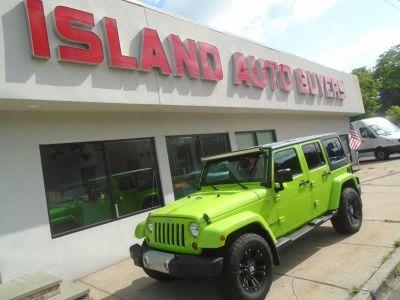 2012 Jeep Wrangler Unlimited Sahara (Gecko Green)