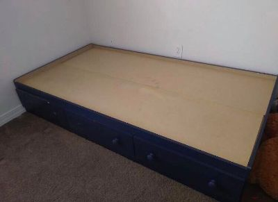 FREE twin size bed frame