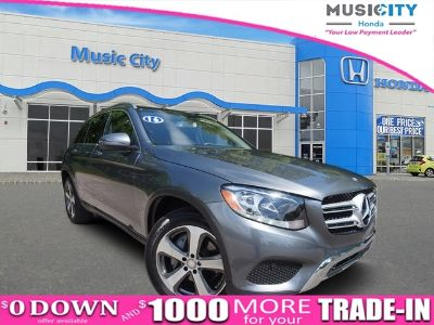 2016 Mercedes-Benz GLC (Selenite Gray Metallic)