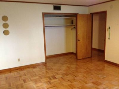 Great House Near Tulane Masterbedroom with private Bathroom (Lowerline Street)