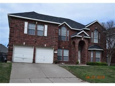 4 Bed 3.1 Bath Foreclosure Property in Fort Worth, TX 76133 - Brook Meadow Ln