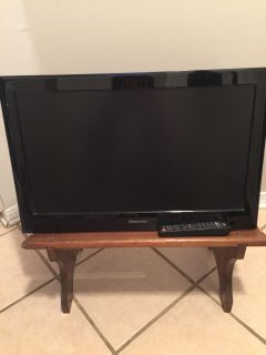Hisense 27 inches with Wall mount