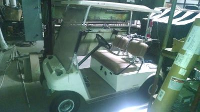 1999 electric club car golf cart