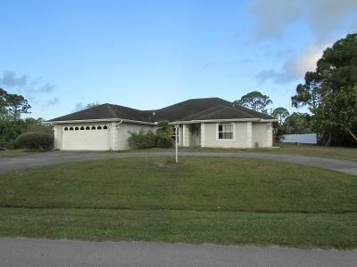 3 Bed 2.5 Bath Foreclosure Property in Port Saint Lucie, FL 34983 - NW Selvitz Rd