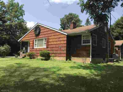 16 Unneberg Ave SUCCASUNNA Three BR, Fantastic opportunity to be