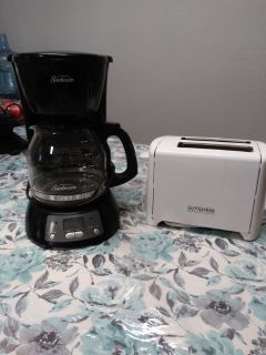 Coffee Maker & Toster