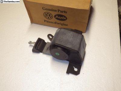 NOS Fox Seat Belt -1989-1993 (307-880-706-2-05)