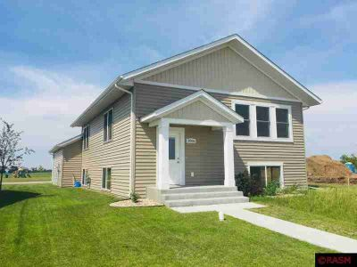 2006 Essler Dr. Saint Peter Two BR, Ever dreamed of owning a