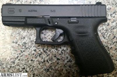 For Sale: Glock 19 Gen 3 9mm +NS