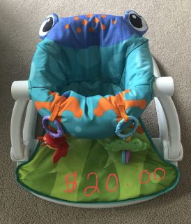 Frog seat me up chair