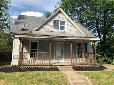 3 Bed 1 Bath Foreclosure Property in Amelia, OH 45102 - E Main St