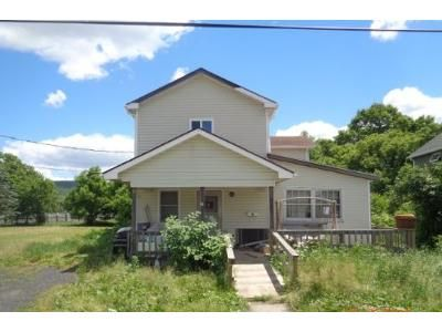 4 Bed 2 Bath Foreclosure Property in Elkland, PA 16920 - Pattison Avenue Ext