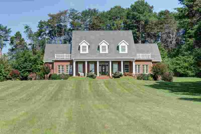 1042 County Road 609 Etowah Four BR, From the moment you