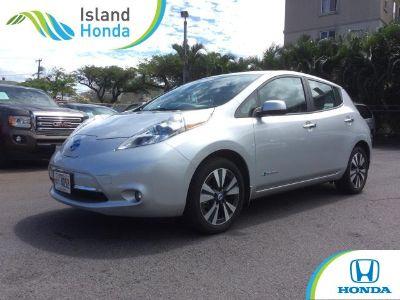 2014 Nissan LEAF SL (silver)