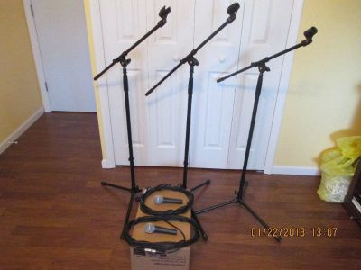 Shure mics and stands