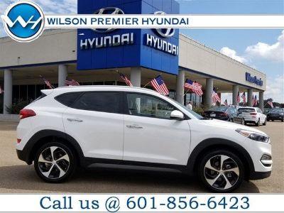 2016 Hyundai Tucson Limited (Winter White)