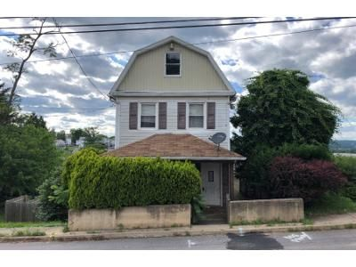 3 Bed 1 Bath Foreclosure Property in Wilkes Barre, PA 18702 - S Hancock St